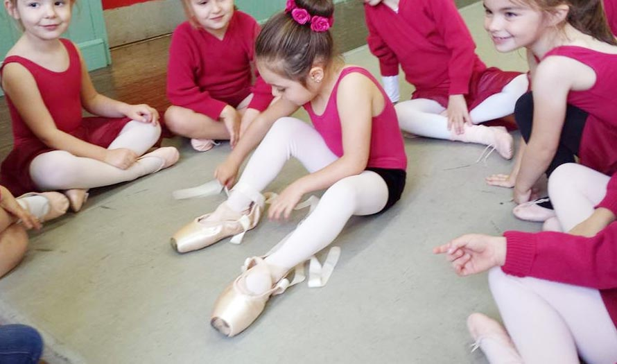 pointe ballet shoes baby dancer